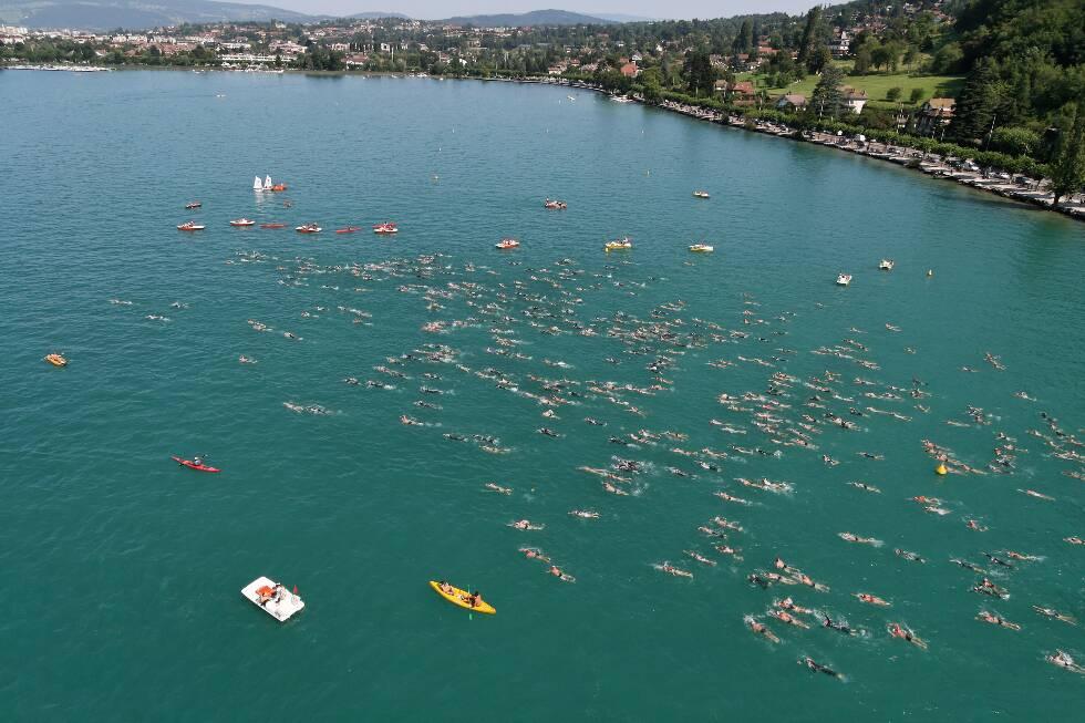 Lake-crossing swim